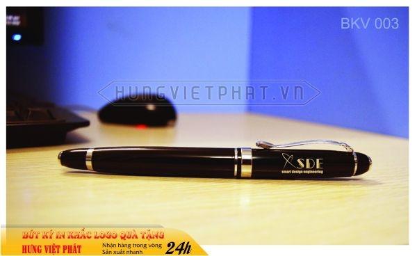 BKV-003-but-kim-loai-in-khac-logo-doanh-nghiep-lam-qua-tang2-1471248755.jpg