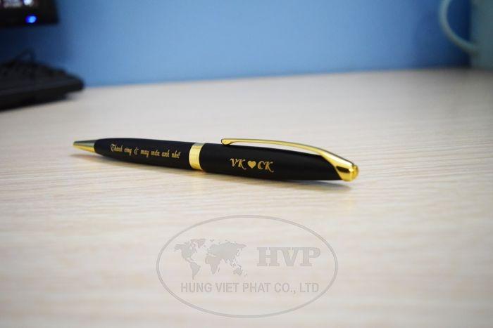BKV-009-jdfii4r9-1-1528970972.jpg