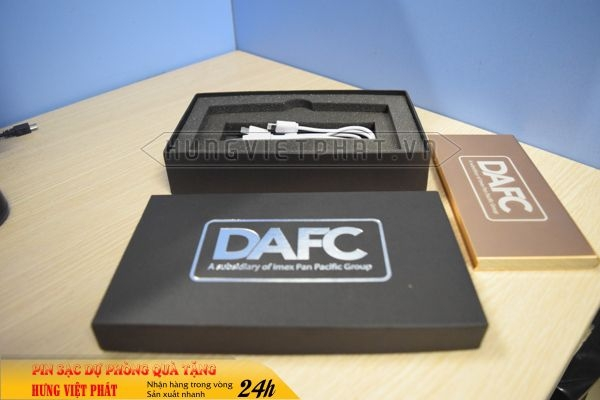 PDV-003-pin-sac-du-phong-in-khac-logo-doanh-nghiep-lam-qua-tang1-1470735253.jpg