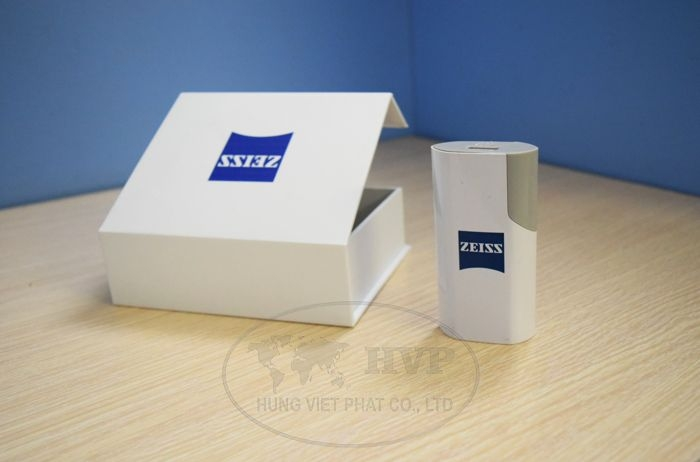 PNV-002-qua-tang-pin-sac-du-phong-in-logo-tang-khach-hang-quang-cao-thuong-hieu-3-1529119954.jpg