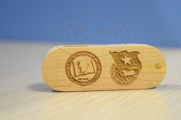 Qua-tang-in-logo-quang-cao-cho-su-kien-doanh-nghiep-128-1481341387.jpg