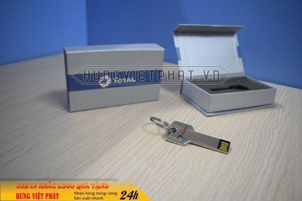 UCV-001-usb-chia-khoa-qua-tang-in-khac-logo-doanh-nghiep2-1470647314.jpg