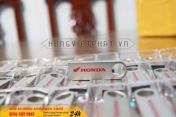 UKV-106-usb-mini-kim-loai-in-khac-logo-doanh-nghiep-lam-qua-tang3-1470650497.jpg
