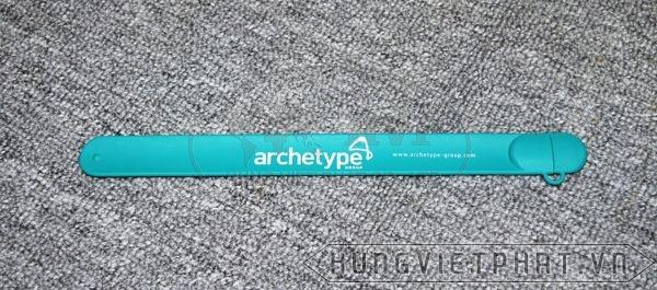 UVV-005---USB-vong-deo-tay-in-logo-archetype-3-1497495078.jpg