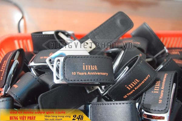 qua-tang-USB-in-khac-logo-10-1468035450.jpg