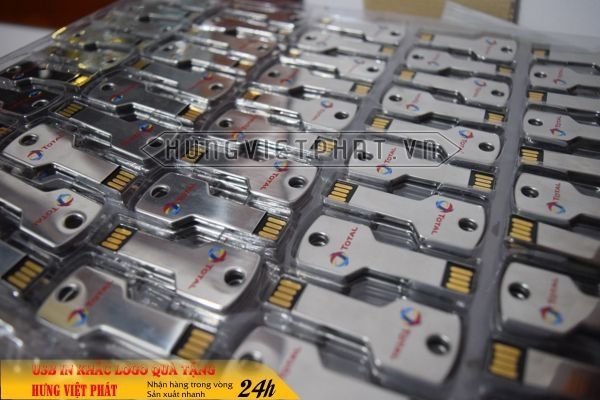 qua-tang-USB-in-khac-logo-17-1468035453.jpg