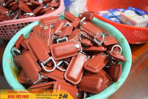qua-tang-USB-in-khac-logo-26-1468035458.jpg