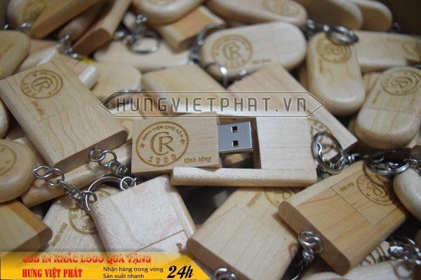 qua-tang-USB-in-khac-logo-8-1468035449.jpg