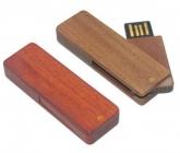 UGV 037 - USB Gỗ Xoay