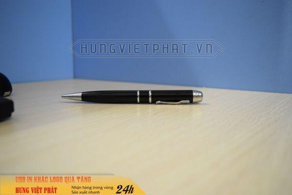 BUV-301-mau-den-But-USB-laser-3in1-khac-logo-lam-qua-tang-khach-hang-3-1474452073.jpg