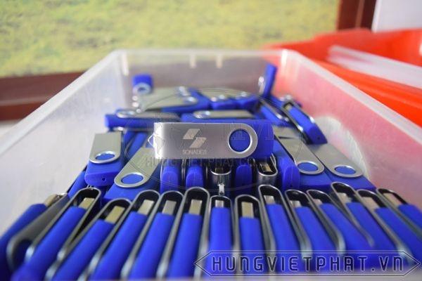 KTX-001-trang-xanh-3-1493263380.jpg