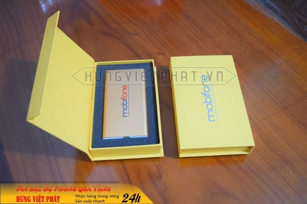 PDV-019-pin-sac-du-phong-in-khac-logo-doanh-nghiep-lam-qua-tang2-1470738600.jpg