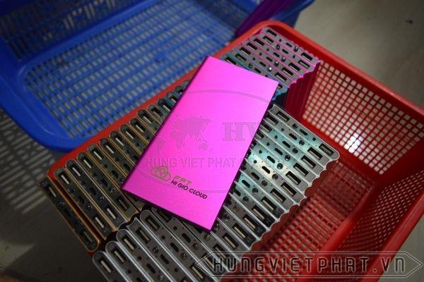 PKV-003---Pin-sac-du-phong-in-khac-logo-lam-qua-tang-quang-cao-3-1497497367.jpg