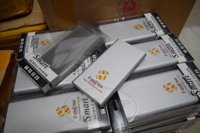 PKV-009-qua-tang-pin-sac-du-phong-in-logo-tang-khach-hang-quang-cao-thuong-hieu-4-1529058221.jpg