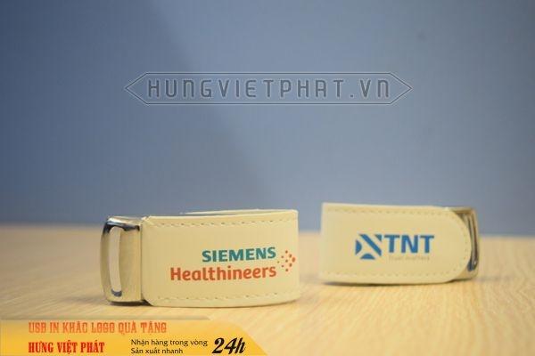UDV-011-in-dap-khac-logo-doanh-nghiep-lam-qua-tang-su-kien--7-1474452093.jpg