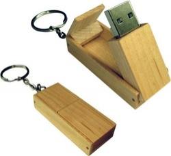 UGV 004 - USB Gỗ