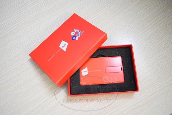 UTV-001-USB-The-namecard-in-logo-hinh-anh-thuong-hieu-lam-qua-tang-2-1528970589.jpg