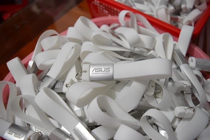UVV-009-USB-moc-khoa-3-1544802575.JPG