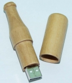 UGV 042 - USB Gỗ Hình Chai Bia